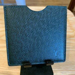 Authentic Louis Vuitton Tiaga card case wallet